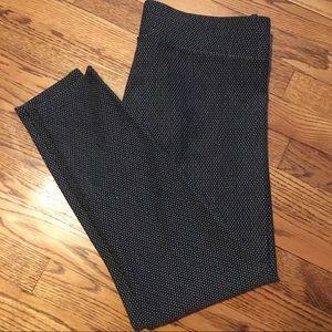Black n Gray Loft Legging Size L